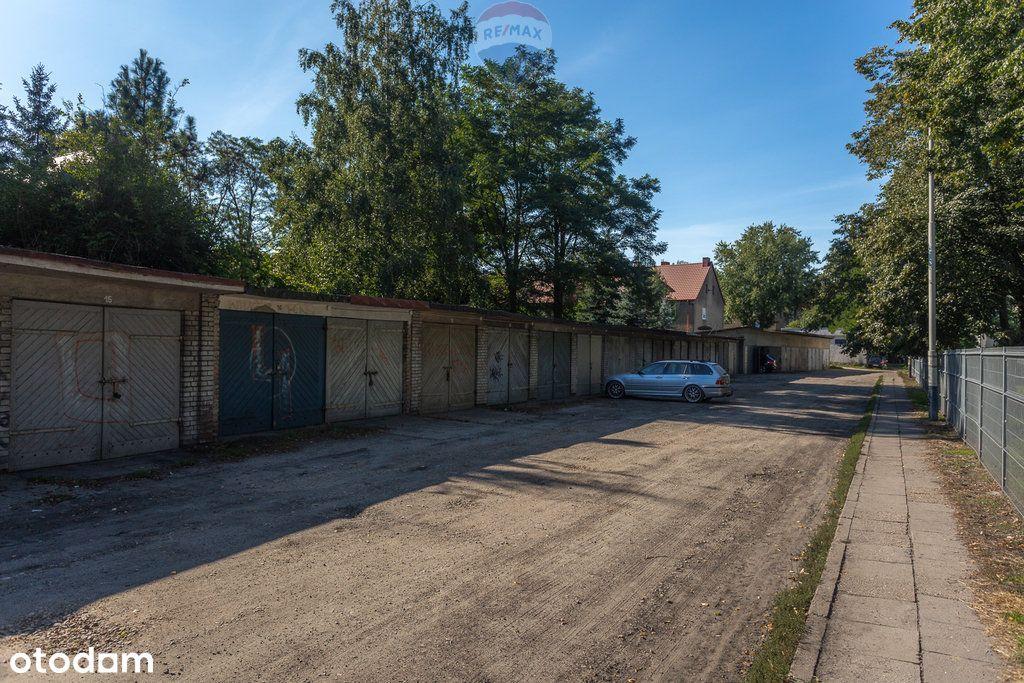 Garaż w Pabianicach (ul. Garażowa)