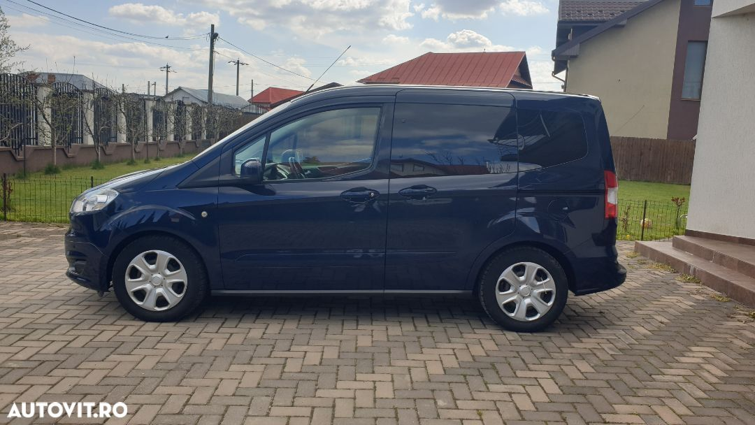Ford Tourneo Courier 1.5 - 34