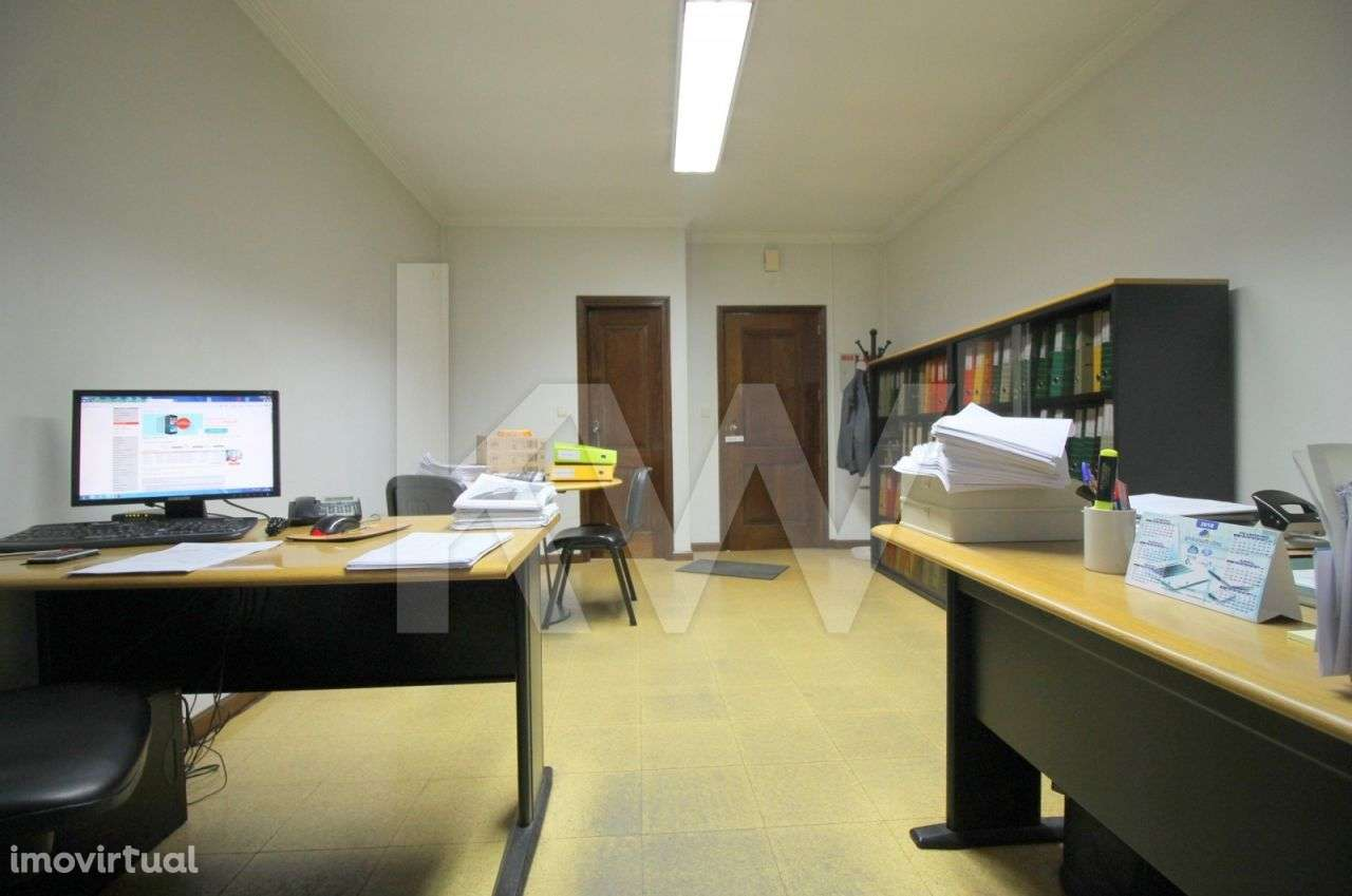 Escritório para comprar, Nossa Senhora do Amparo, Póvoa de Lanhoso, Braga - Foto 4
