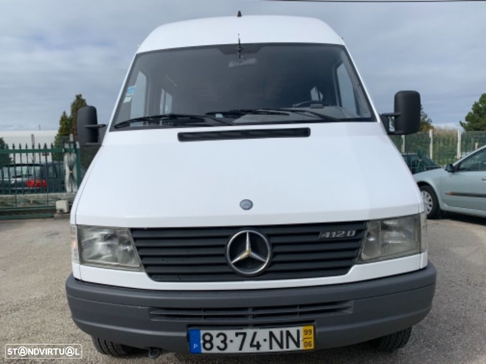 Mercedes Benz Sprinter 412 D  13 lugares - 9