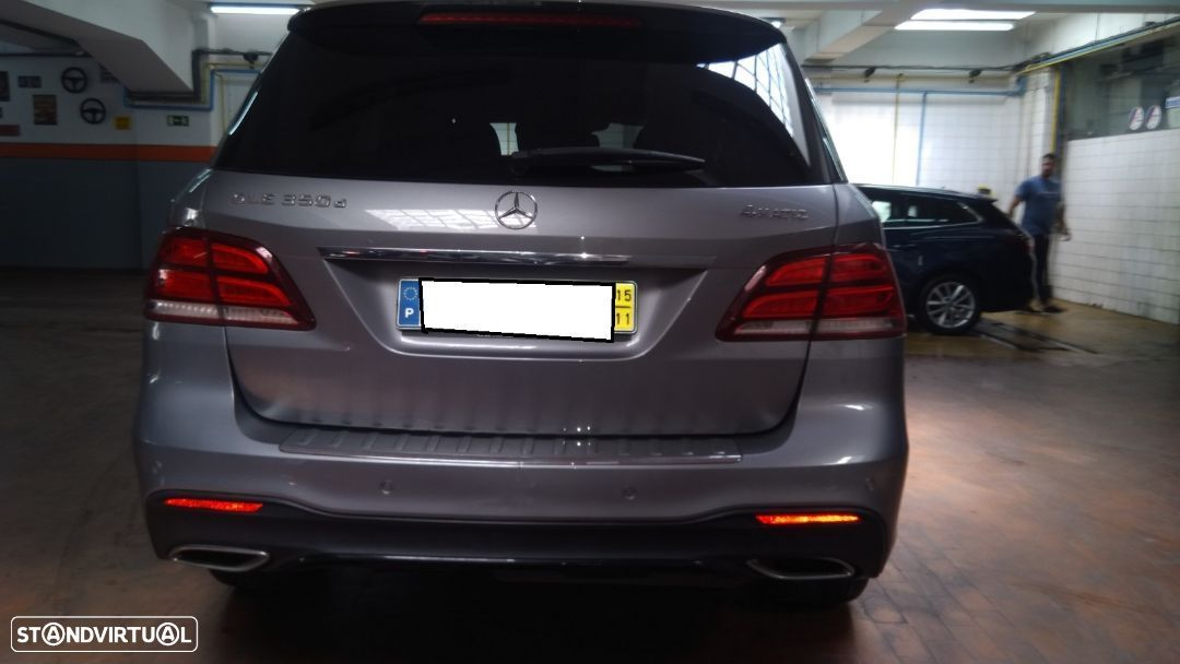 Mercedes-Benz GLE 350 d 4-Matic - 4
