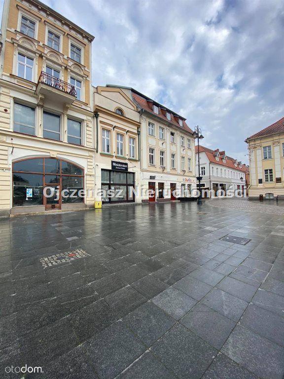 Mieszkanie z ogromnym potencjałem na Starym Rynku