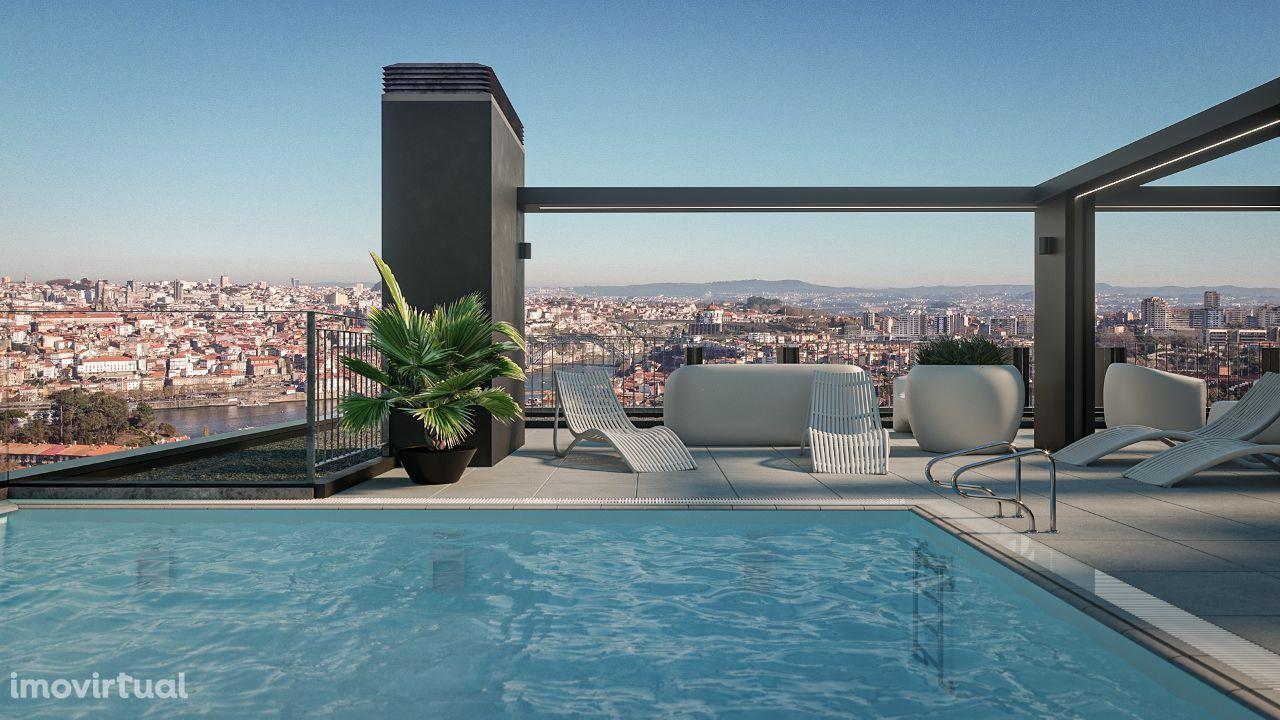 T2 Novo Luxo com varanda de 16m, Piso 5, e garagem Candal em Gaia