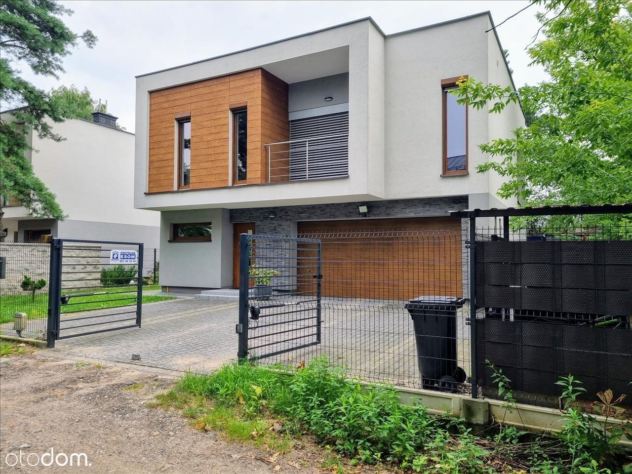 Wolnostojący dom z ogródkiem, wyższy standard