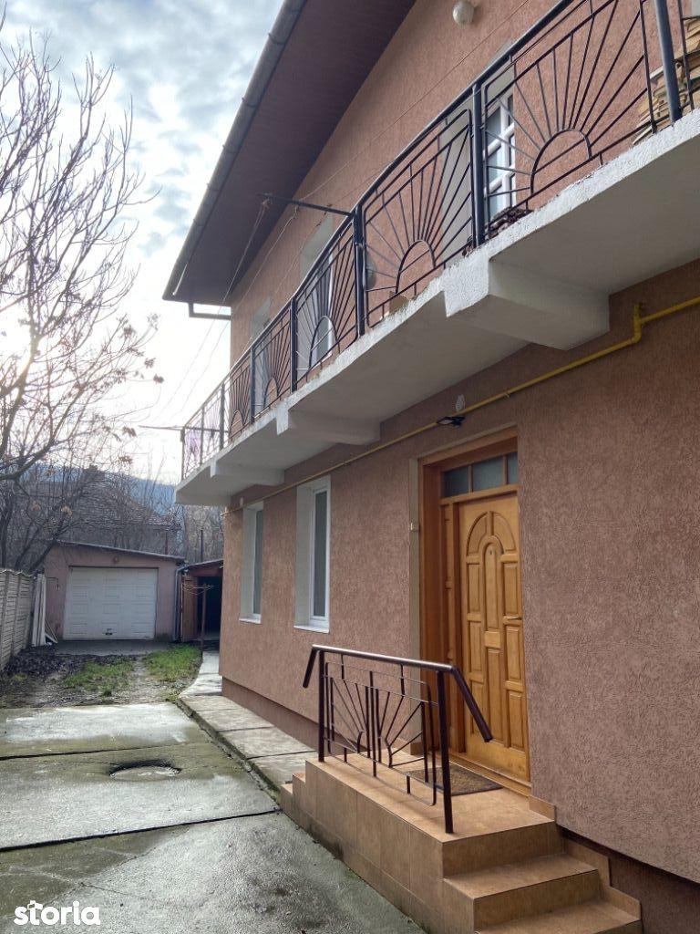 Casa in centru compartimentata in 5 garsoniere