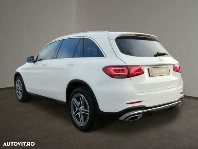 Mercedes-Benz GLC - 3