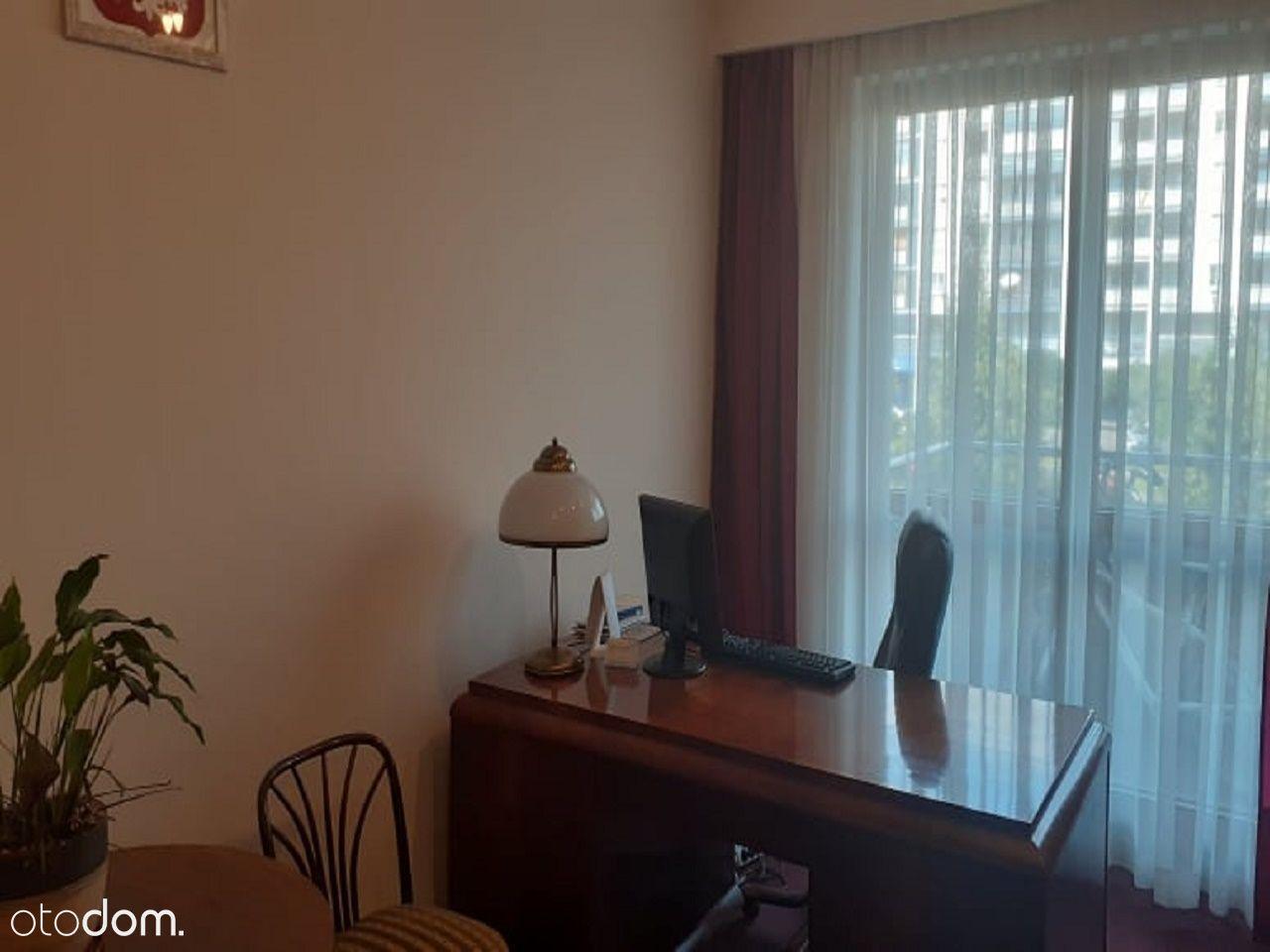 2 pokoje, 46,5 m2, Al. KEN, dobra lokalizacja