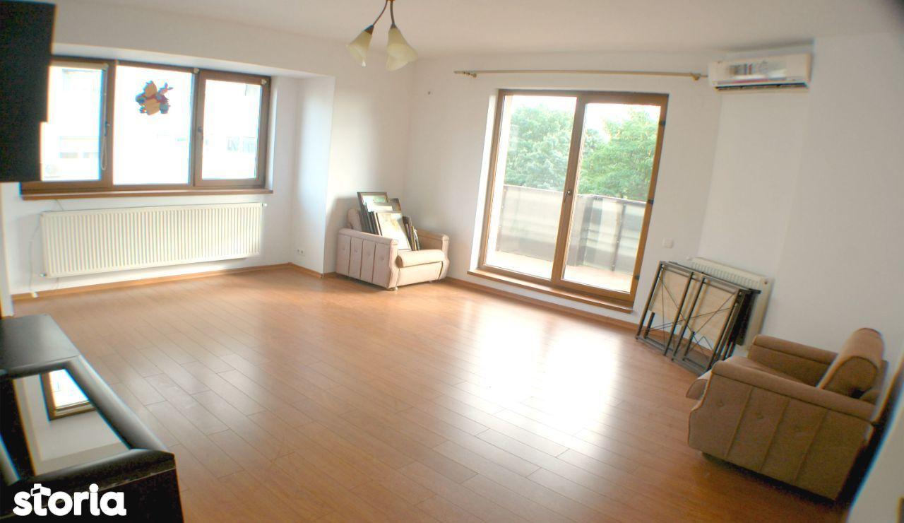 Apartament 3 camere – Parc Regina Maria