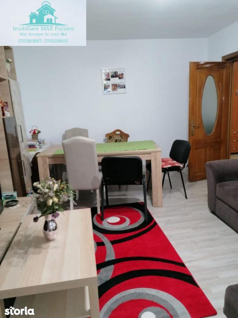 Apartament 2 camere, et.3/3, 54 mp, Centrala, AC, zona Obor