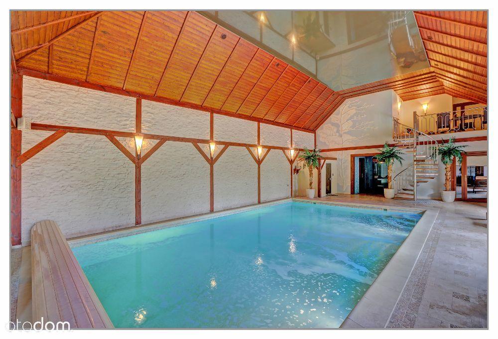 Sprzedam dom z basenem