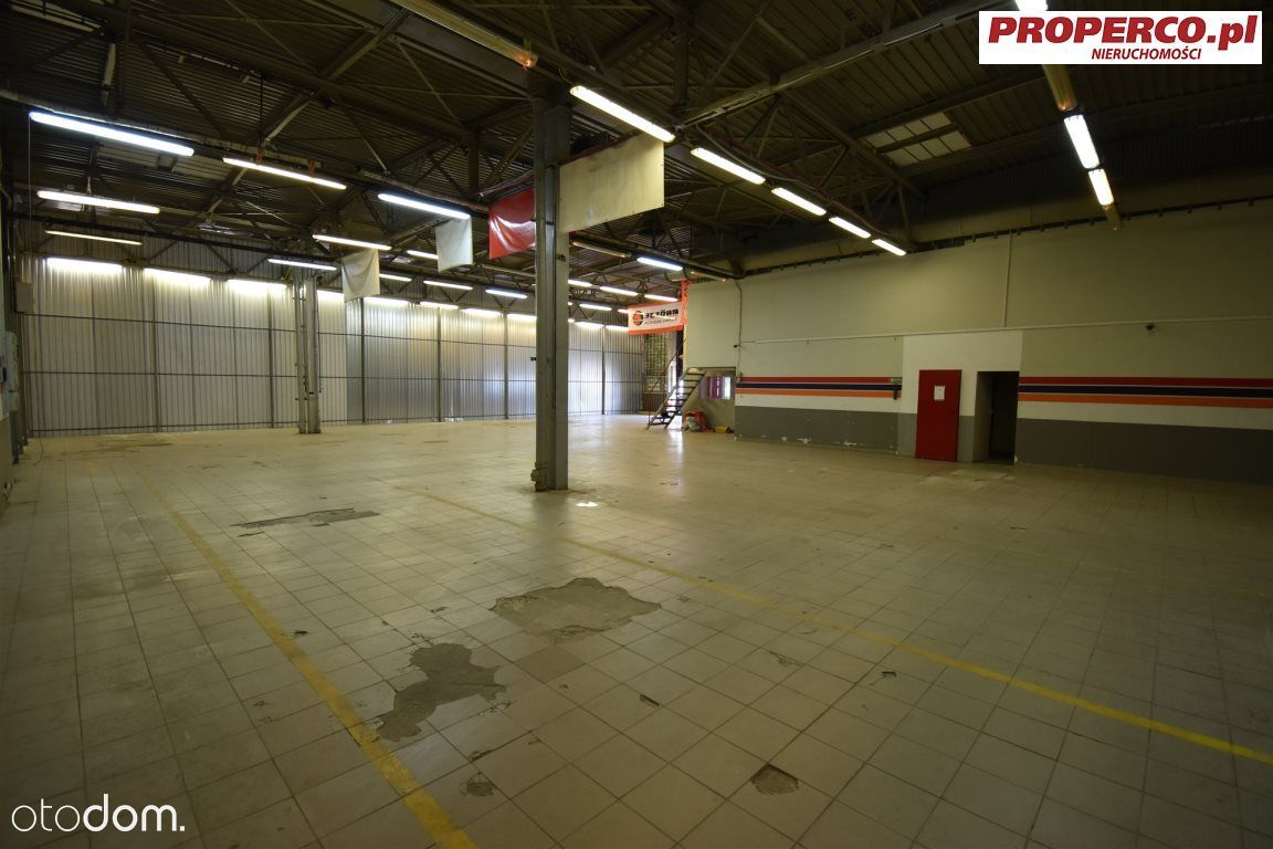Hala 550 m2, Herby / Niewachlów