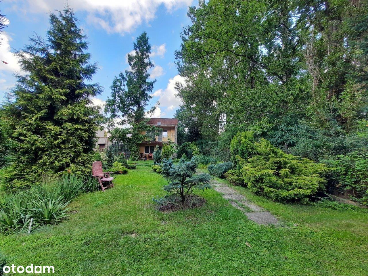 Dom w otoczeniu pięknego ogrodu Milowice!