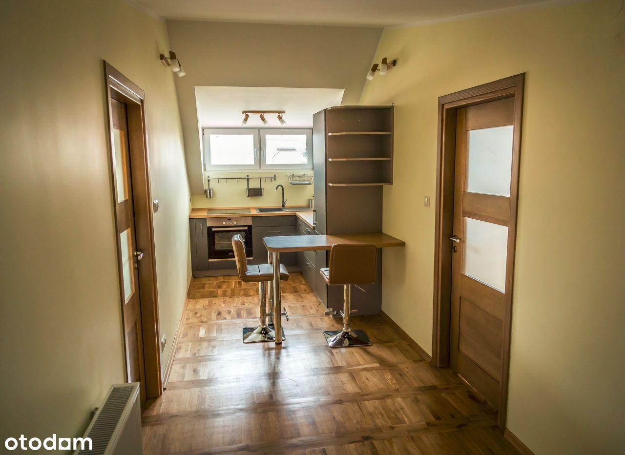 64 m2 - dwa pokoje, osobna kuchnia, na Zalesiu