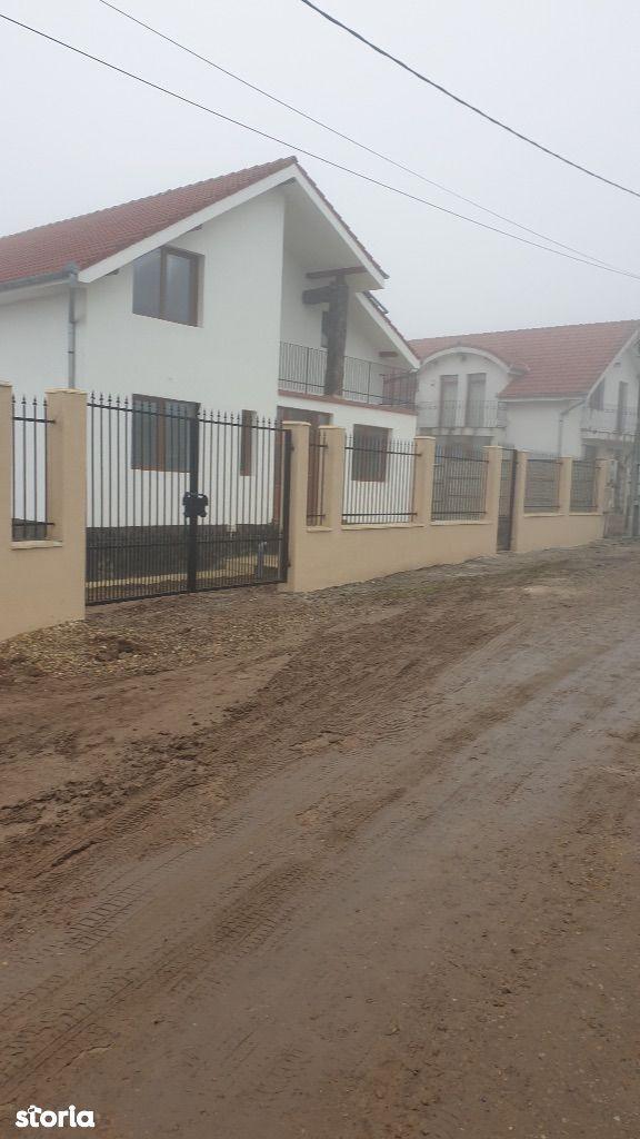 Casa Noua la CHEIE P+M inalta Paleu in fata catre Oradea teren 550 mp