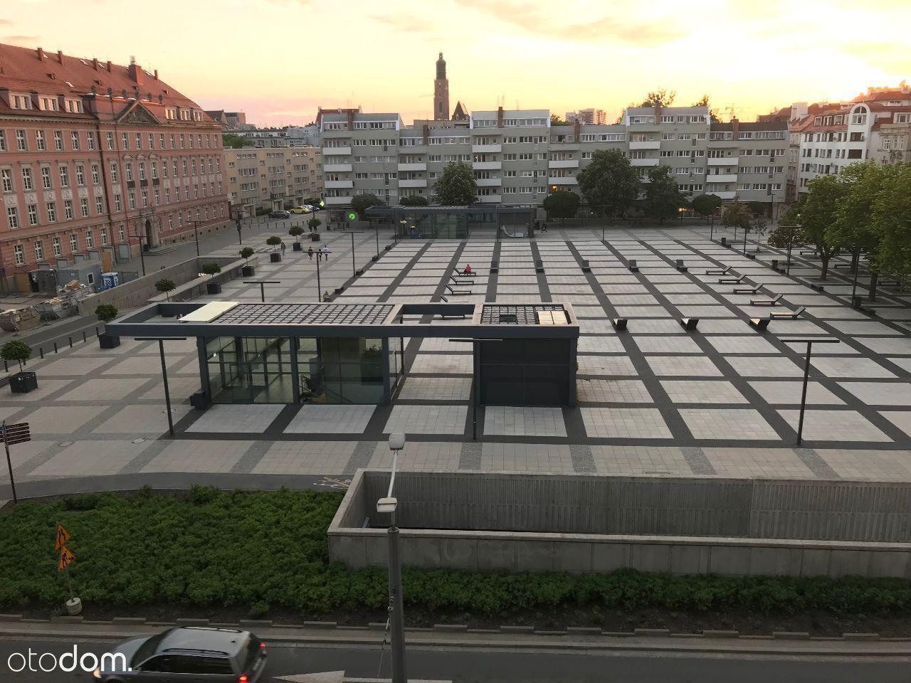[Wroclaw, Pl. Nowy Targ] Pokój w centrum Wroclawia