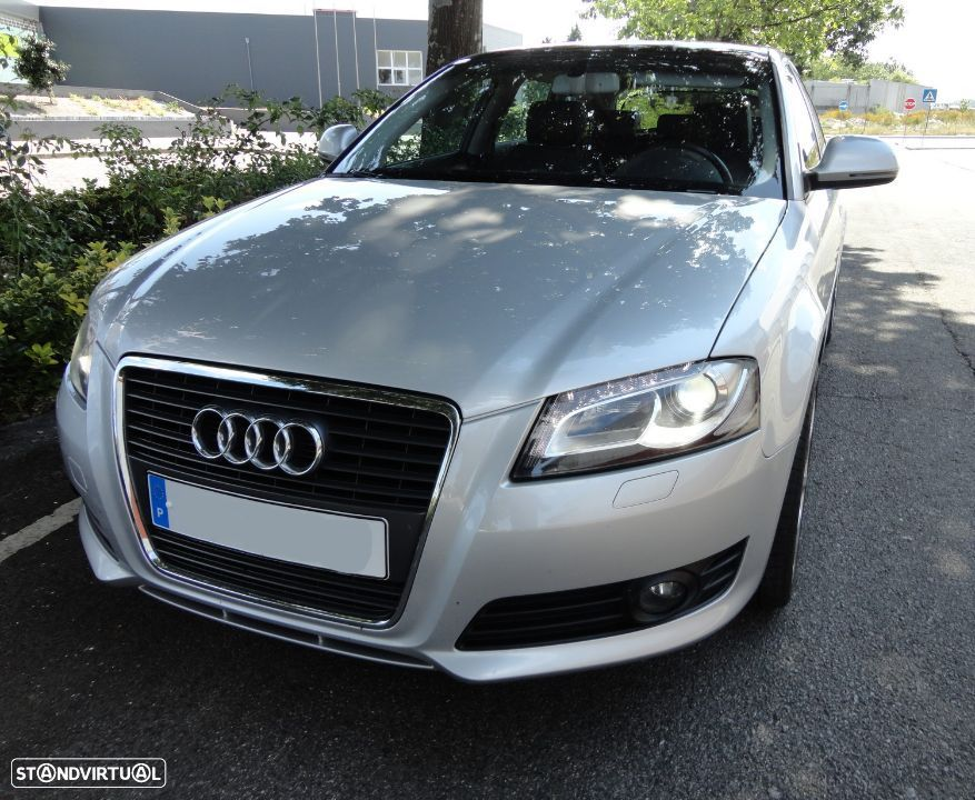 Audi A3 Sportback 2.0 TDi Attraction - 1