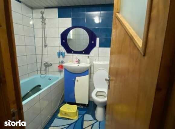 Apartament de vanzare, 2 camere vis-a-vis de Spitalul Militar