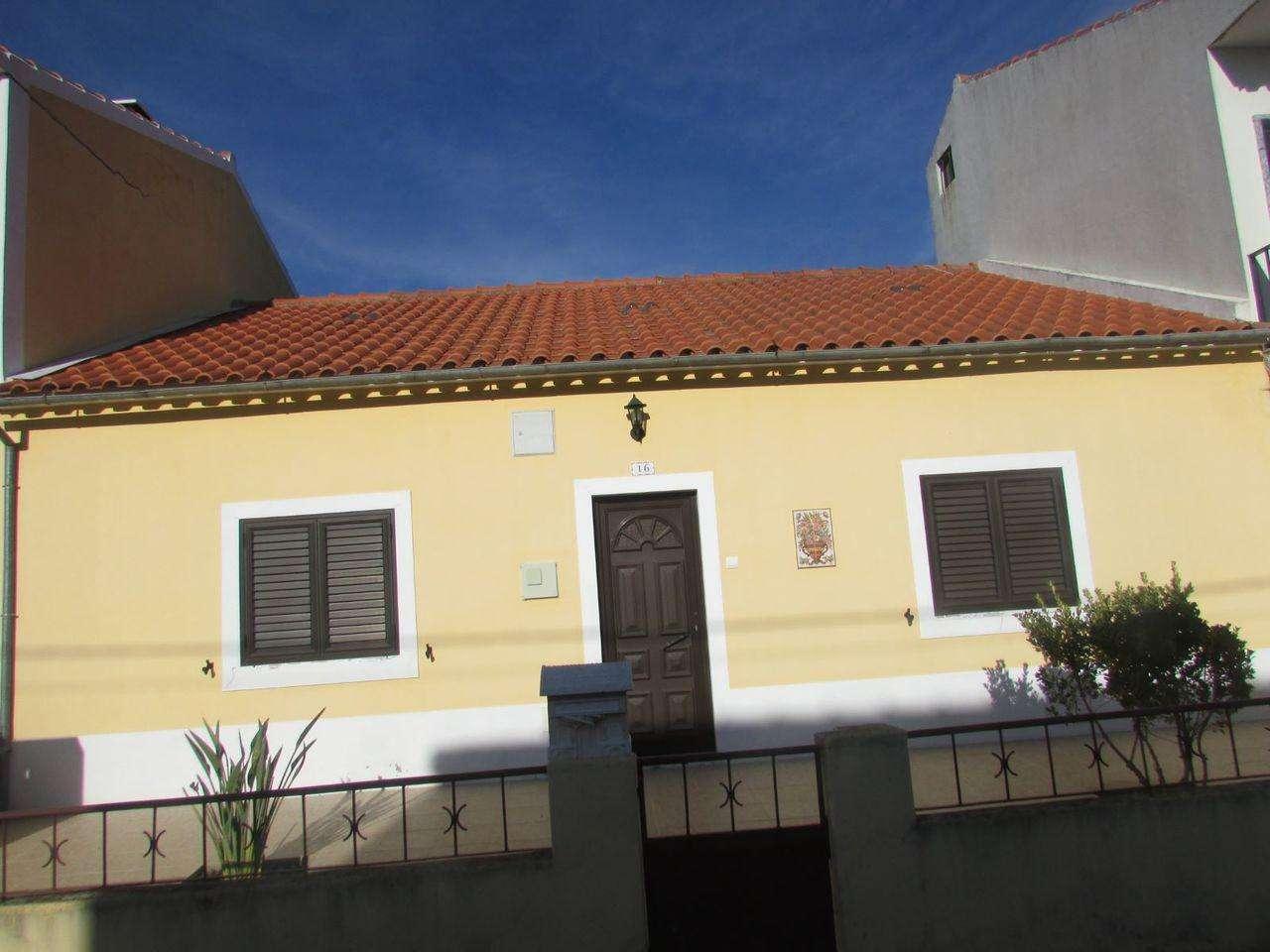 Moradia para comprar, São Miguel do Rio Torto e Rossio Ao Sul do Tejo, Santarém - Foto 1