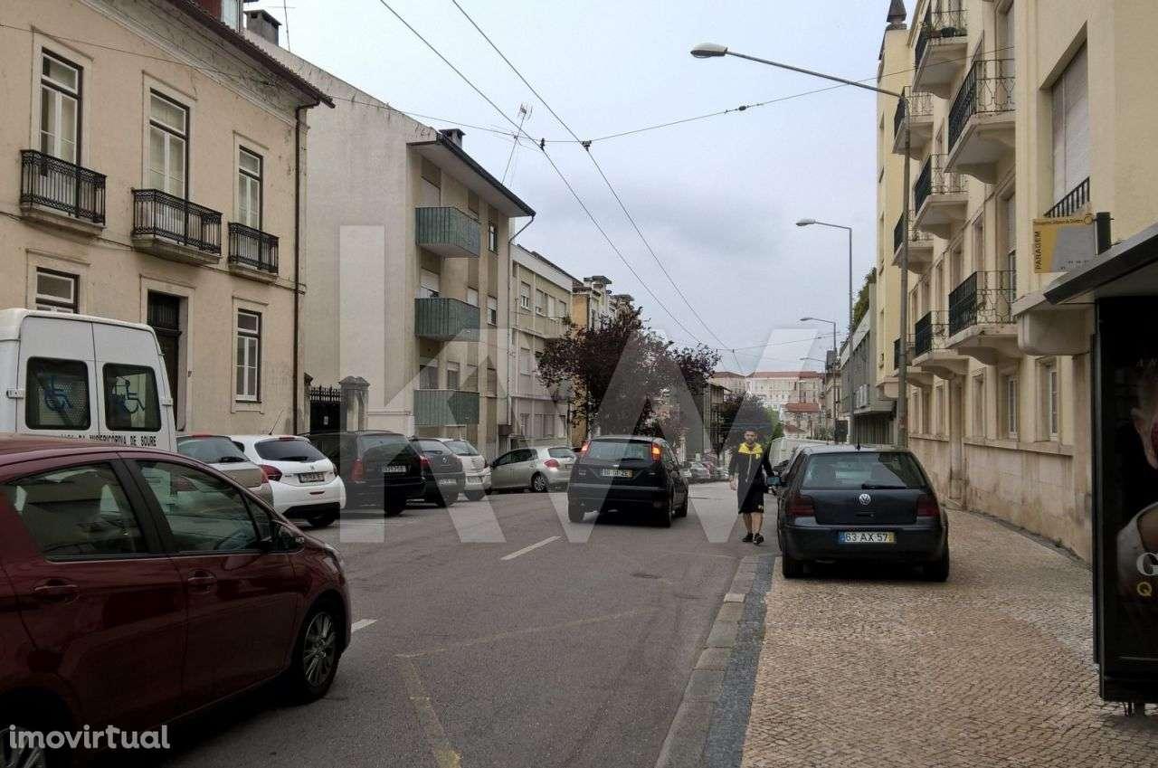 Prédio para comprar, Coimbra (Sé Nova, Santa Cruz, Almedina e São Bartolomeu), Coimbra - Foto 5