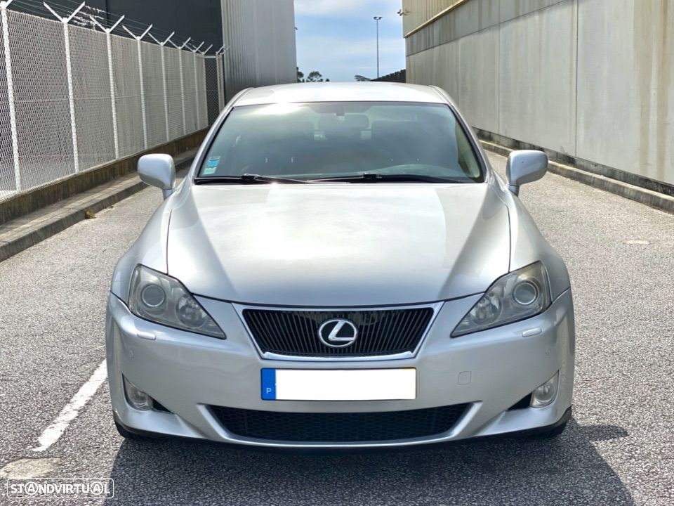 Lexus IS 220 - 6