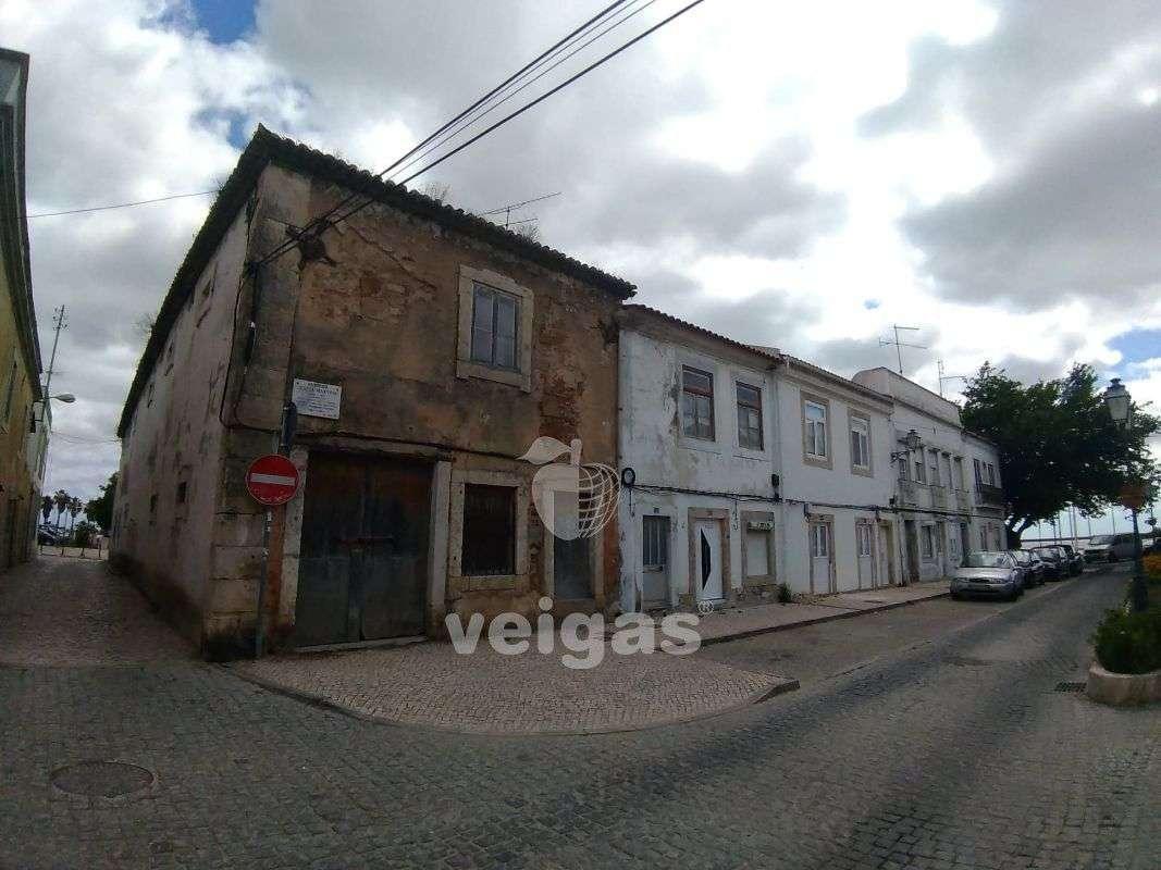 Prédio para comprar, Alhandra, São João dos Montes e Calhandriz, Vila Franca de Xira, Lisboa - Foto 2