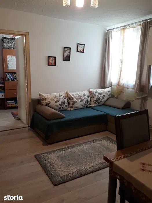 De vanzare apartament cu 2 camere in cartierul Rovinari, Tg. Mures