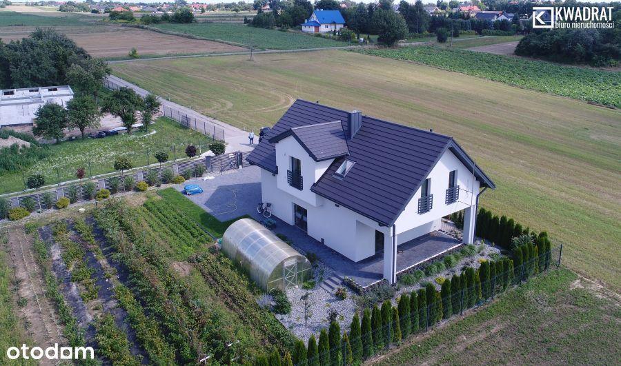 Unikatowy dom wolnostojący z Windą w Jakubowicach