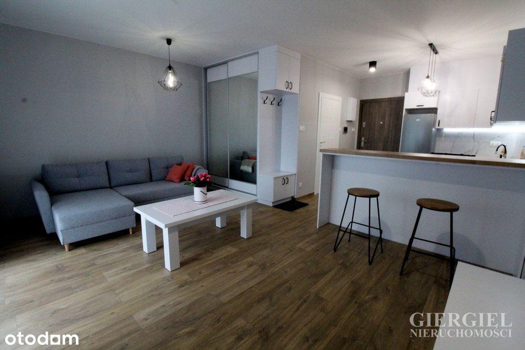 38m2 Komfortowe mieszkanie w Capital Towers!