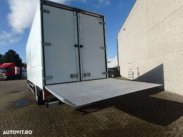 Renault PREMIUM 220 + MANUAL + LIFT - 11