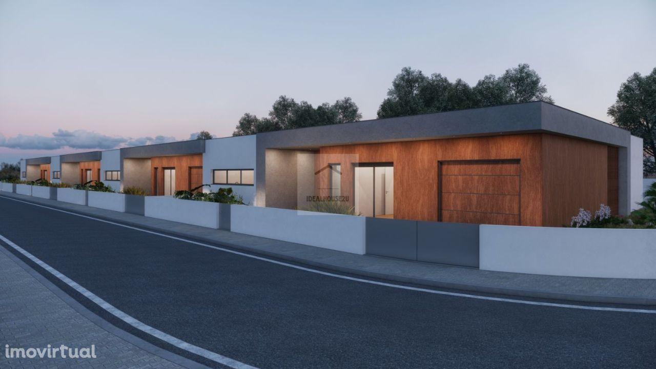 Moradia Térrea T4 com piscina e Garagem com OFERTA DE ESCRITURA