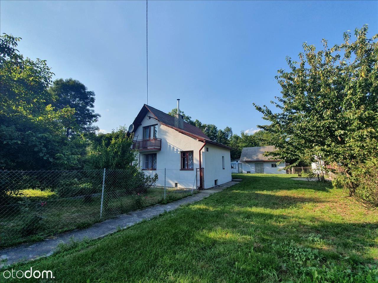 Mały dom z sadem i 1,9 ha działki