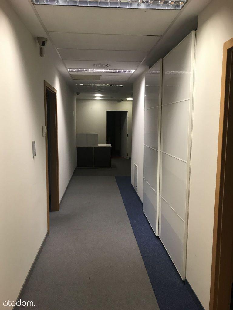 Biurowiec Mokotów – do wynajęcia biuro 265 m.kw.
