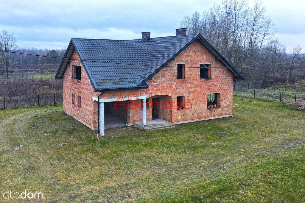 Dom 210 m2, działka 829 m2, przedmieścia Wołomina