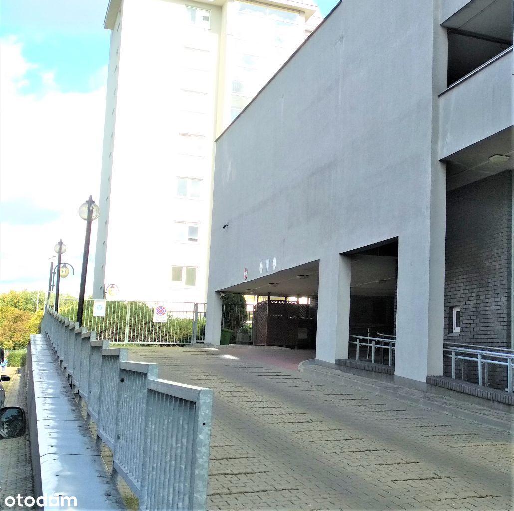 Miejsce parkingowe/garażowe ul.Kobielska 6 Grochów