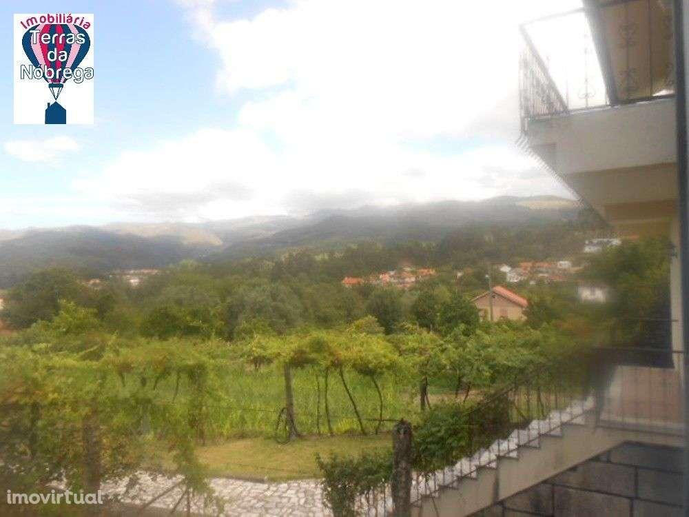 Moradia para comprar, Entre Ambos-Os-Rios, Ermida e Germil, Viana do Castelo - Foto 1
