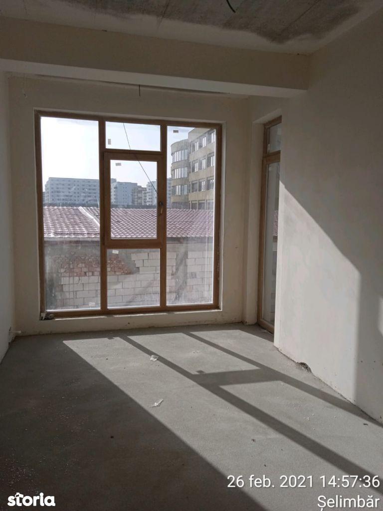Apartament 3 camere cu loc de parcare privat-zona Oncesti Semaforului