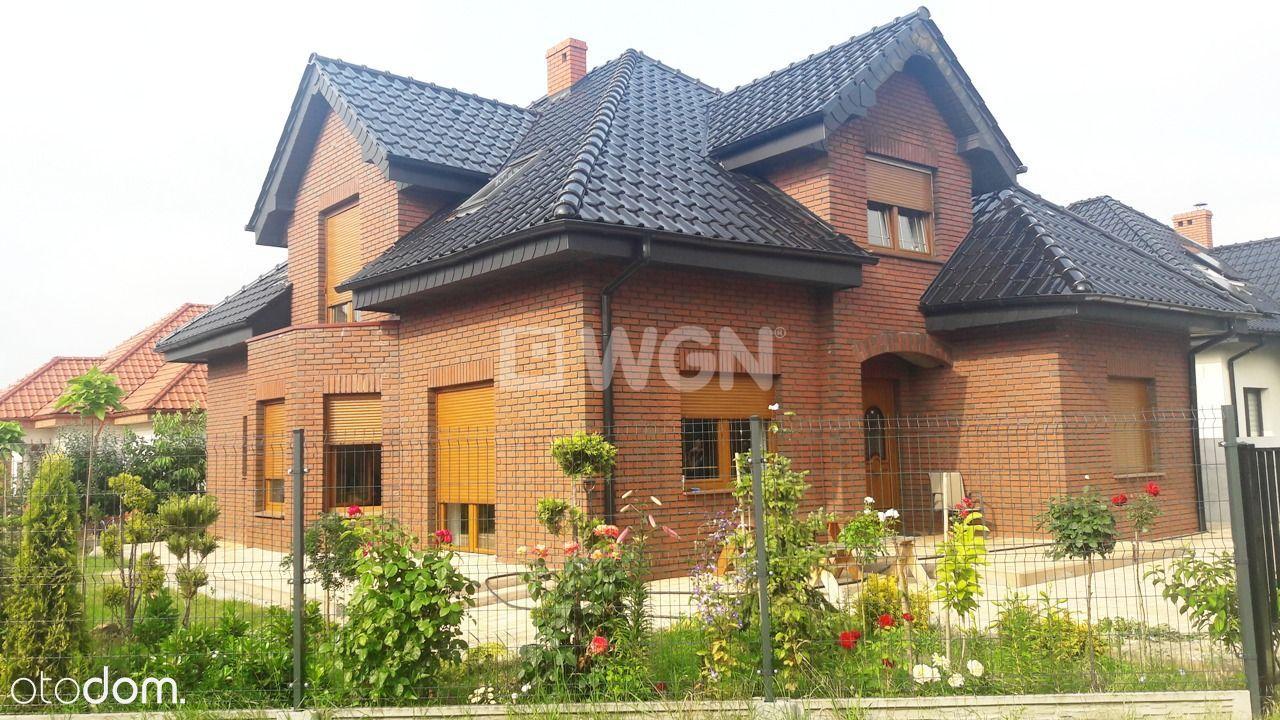 Dom, 200 m², Pleszew
