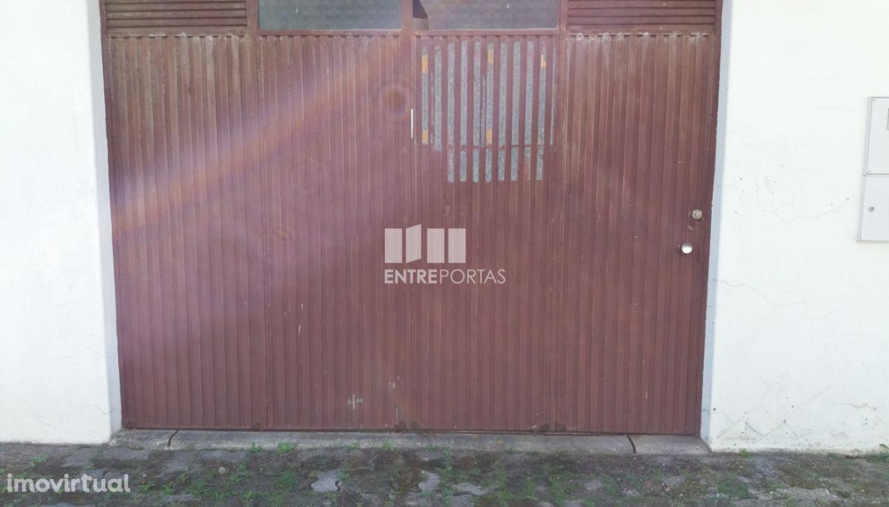 Venda de Garagem fechada com 34m2, Póvoa de Varzim