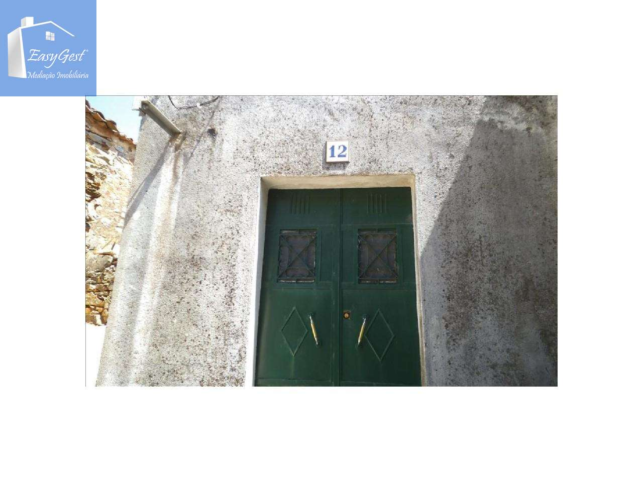 Moradia para comprar, Penha Garcia, Castelo Branco - Foto 11