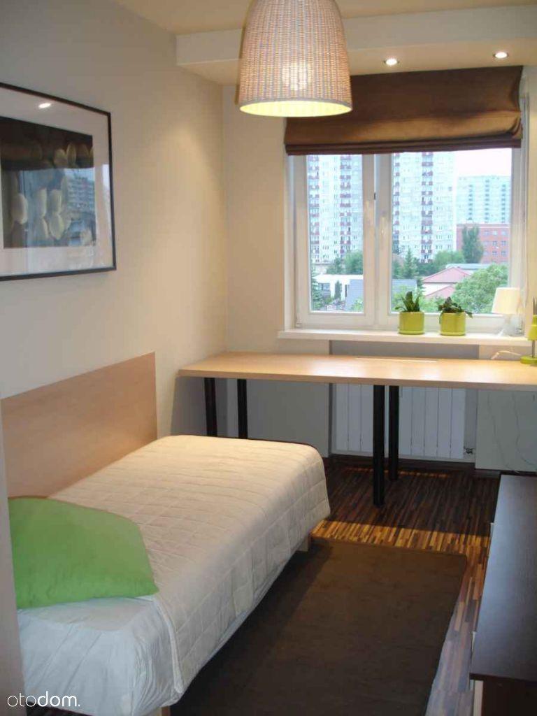 Wynajmę pokój w mieszkaniu studenckim na Piątkowie