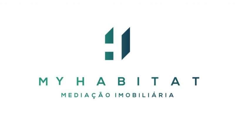 Este apartamento para comprar está a ser divulgado por uma das mais dinâmicas agência imobiliária a operar em Coimbra (Sé Nova, Santa Cruz, Almedina e São Bartolomeu), Coimbra