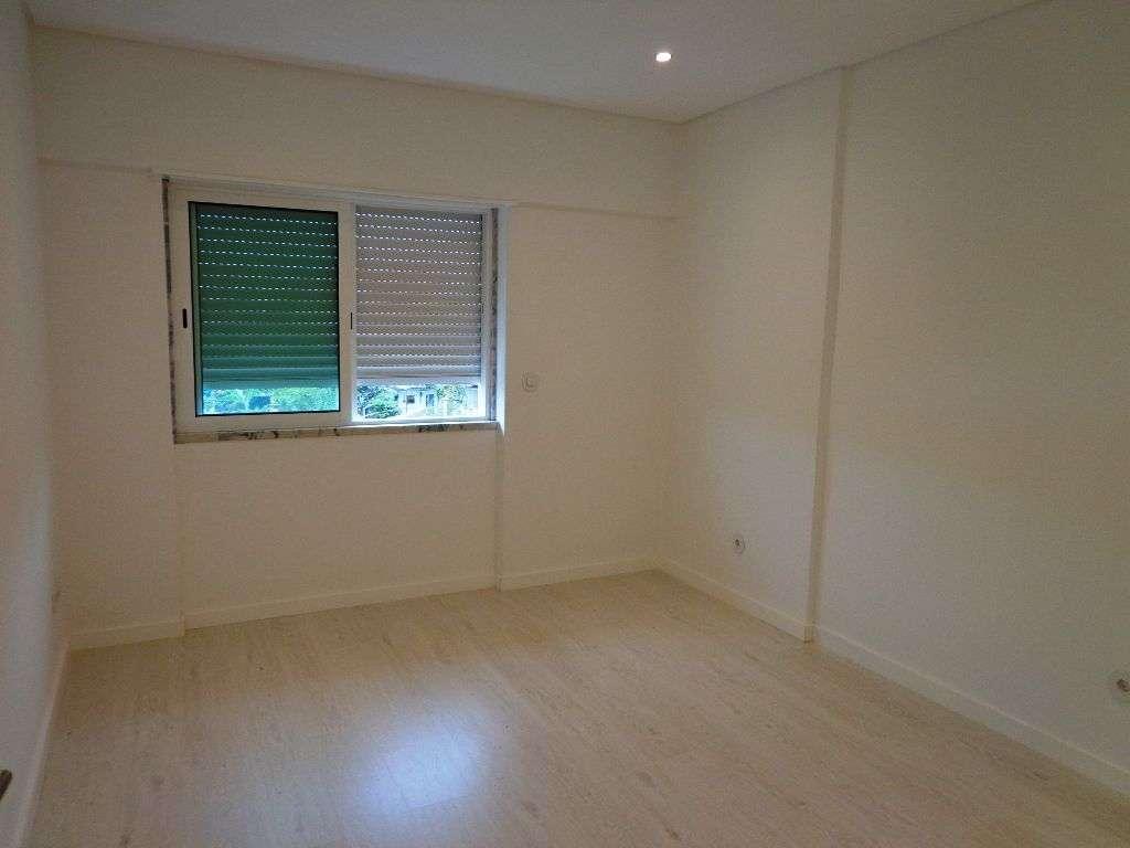 Apartamento para comprar, Avenida Infante Dom Henrique, São Sebastião - Foto 8