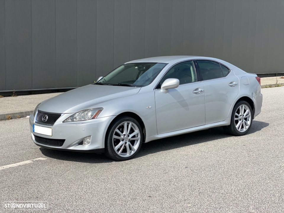 Lexus IS 220 - 1