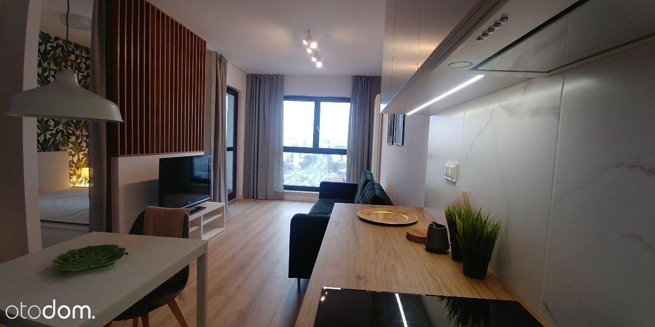 33 m2,metro Płocka,15 piętro,widok na centrum
