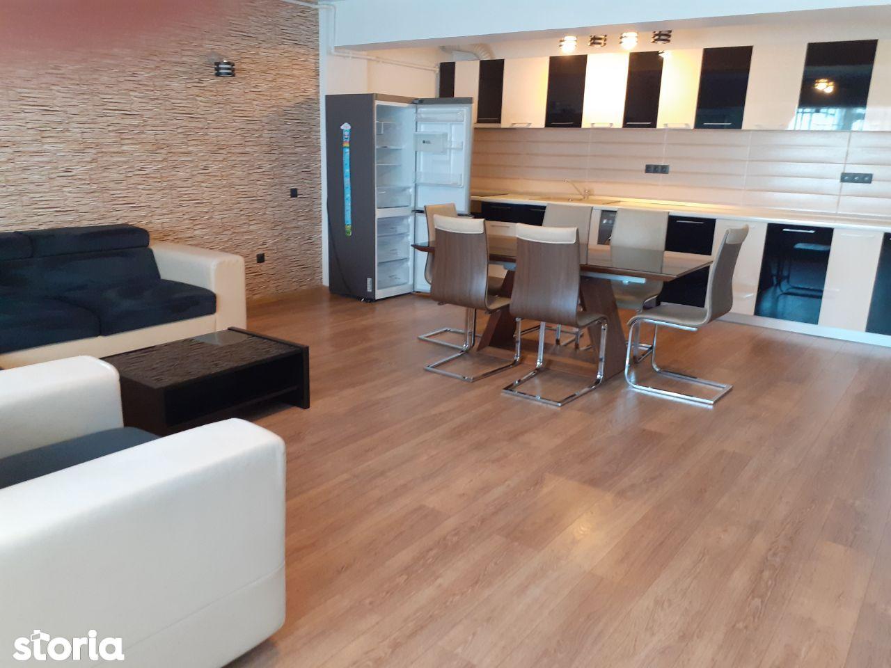 Apartament 3 camere zona mihai viteazu