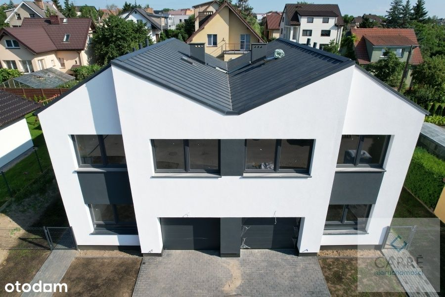 Dom w zabudowie bliźniaczej, 4 pokoje, garaż.