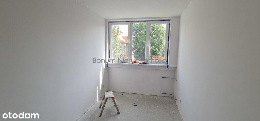 Na sprzedaż 4pokojowe mieszkanie w trakcie remontu