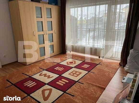 Apartament de inchiriat cu doua camere decomandate, 54 mp, zona...