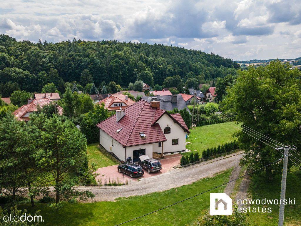 Wolnostojący dom na sprzedaż - Zerwana Michałowice