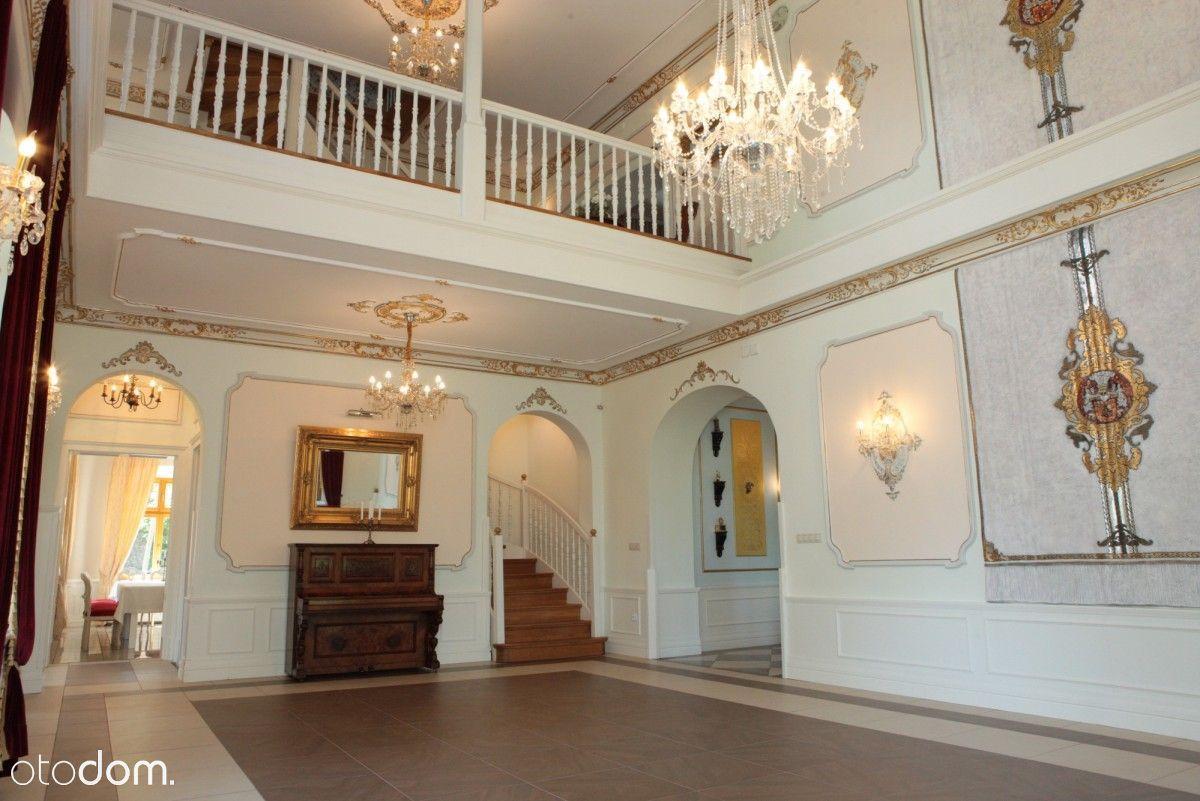 Prawdziwy pałac na sprzedaż
